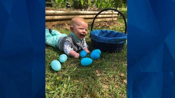مادر بی رحم کودک ۶ ماهه خود را سوزاند +عکس