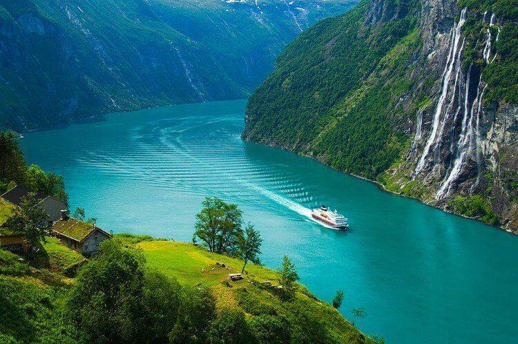 تصاویری از زیباترین آبدره جهان در نروژ