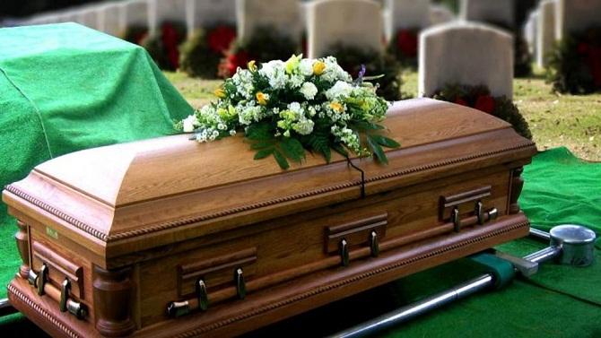 ۷ حقیقت عجیب و جالب درباره تجزیه جسد انسان بعد از مرگ