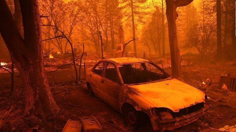 آتش سوزی گسترده در کالیفرنیا +عکس