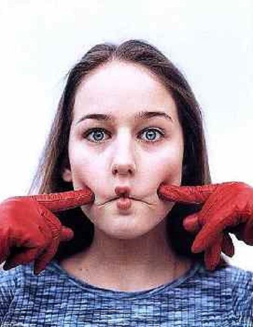 ورزش صورت {hendevaneh.com}{سایتهندوانه} - 204570 913 - آموزش چندین حرکت مفید برای ورزش صورت+تصاویر