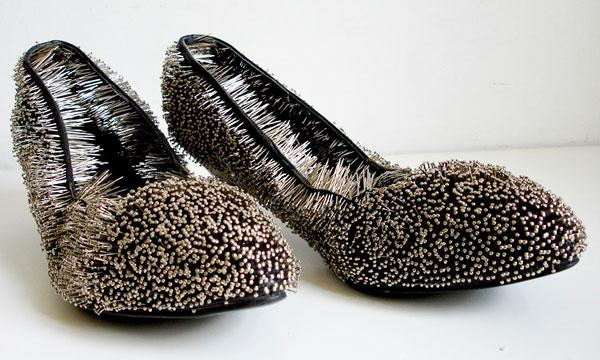 مدل های عجیب و غریب کفش های پاشنه بلند زنانه {hendevaneh.com}{سایتهندوانه} - 204883 481 - مدل های عجیب و غریب کفش های پاشنه بلند زنانه