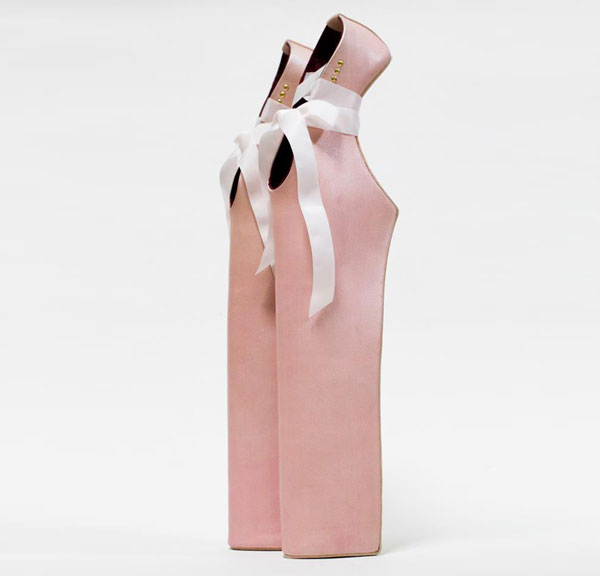 مدل های عجیب و غریب کفش های پاشنه بلند زنانه {hendevaneh.com}{سایتهندوانه} - 204885 790 - مدل های عجیب و غریب کفش های پاشنه بلند زنانه