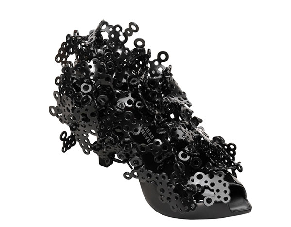 مدل های عجیب و غریب کفش های پاشنه بلند زنانه {hendevaneh.com}{سایتهندوانه} - 204886 120 - مدل های عجیب و غریب کفش های پاشنه بلند زنانه
