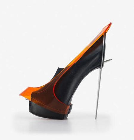 مدل های عجیب و غریب کفش های پاشنه بلند زنانه {hendevaneh.com}{سایتهندوانه} - 204896 446 - مدل های عجیب و غریب کفش های پاشنه بلند زنانه