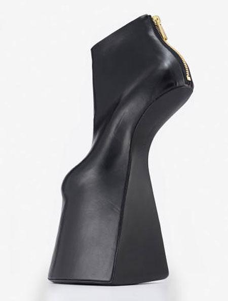 مدل های عجیب و غریب کفش های پاشنه بلند زنانه {hendevaneh.com}{سایتهندوانه} - 204899 382 - مدل های عجیب و غریب کفش های پاشنه بلند زنانه
