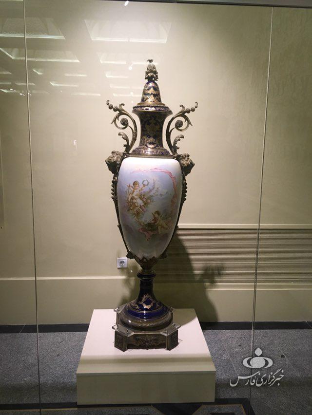 گلدانهای ۴۰۰ ساله هدیه ناپلئون برای فتحعلی شاه +تصاویر