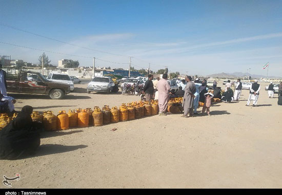 کمبود گاز در سیستان و بلوچستان معضل شد+عکس