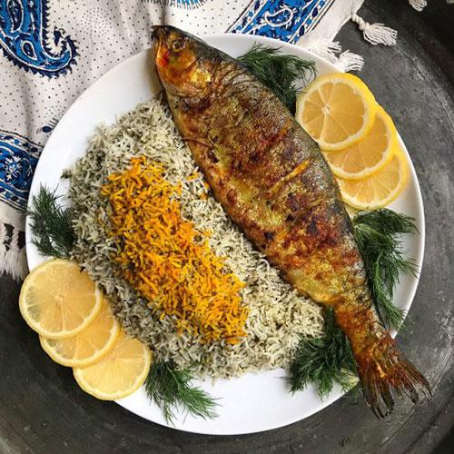 مراحل تهیه ماهی شکم پر به سبک شمالی {hendevaneh.com}{سایتهندوانه}ماهی شکم پر به سبک شمالی - 233742 448 - ماهی شکم پر به سبک شمالی