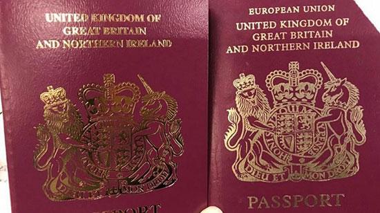 انگلیس، گذرنامههایی بدون عنوان «اتحادیه اروپا» صادر کرد+عکس