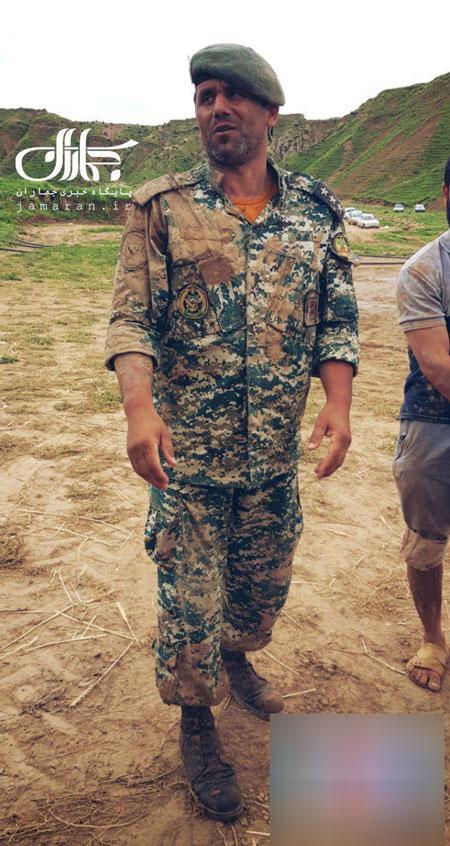 گل و لای بر تن تکاور ارتشیِ فداکار +عکس