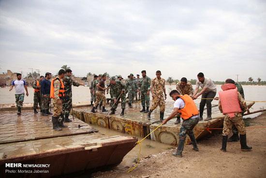 احداث پل شناور ارتش در کارون سیل زده +عکس