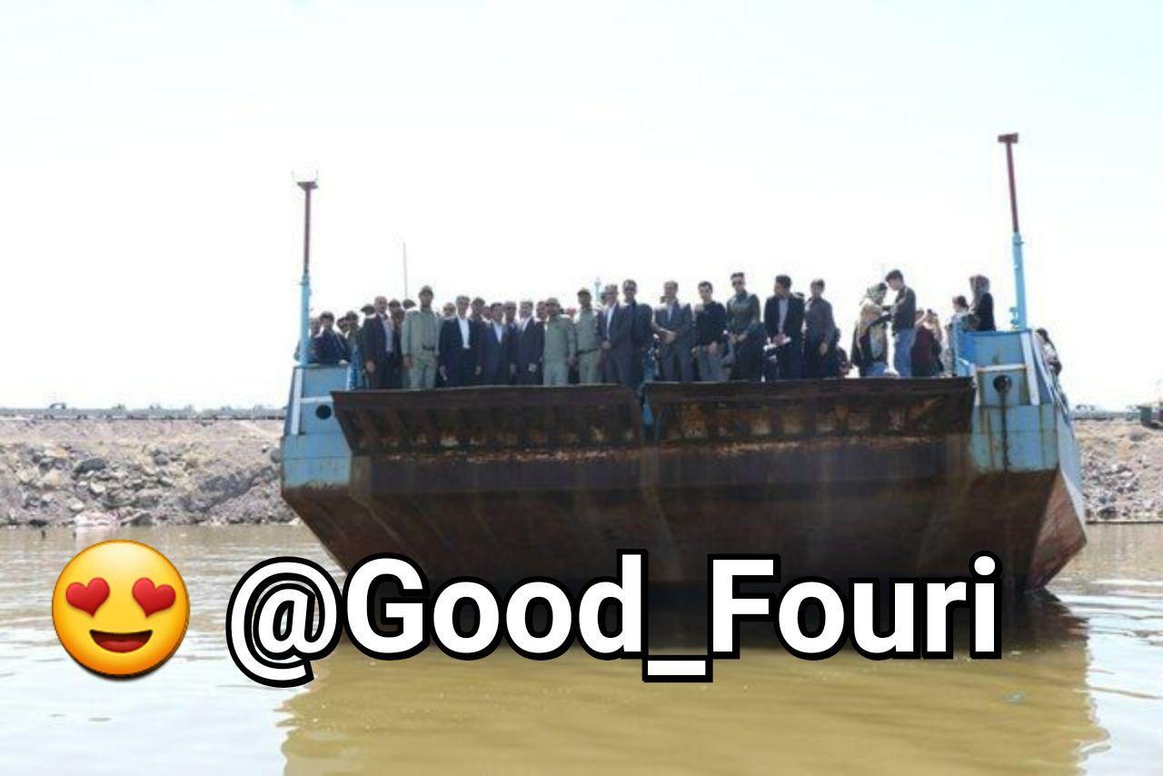 کشتی آرتمیا بعد از ۷ سال در دریاچه ارومیه شناور شد + عکس