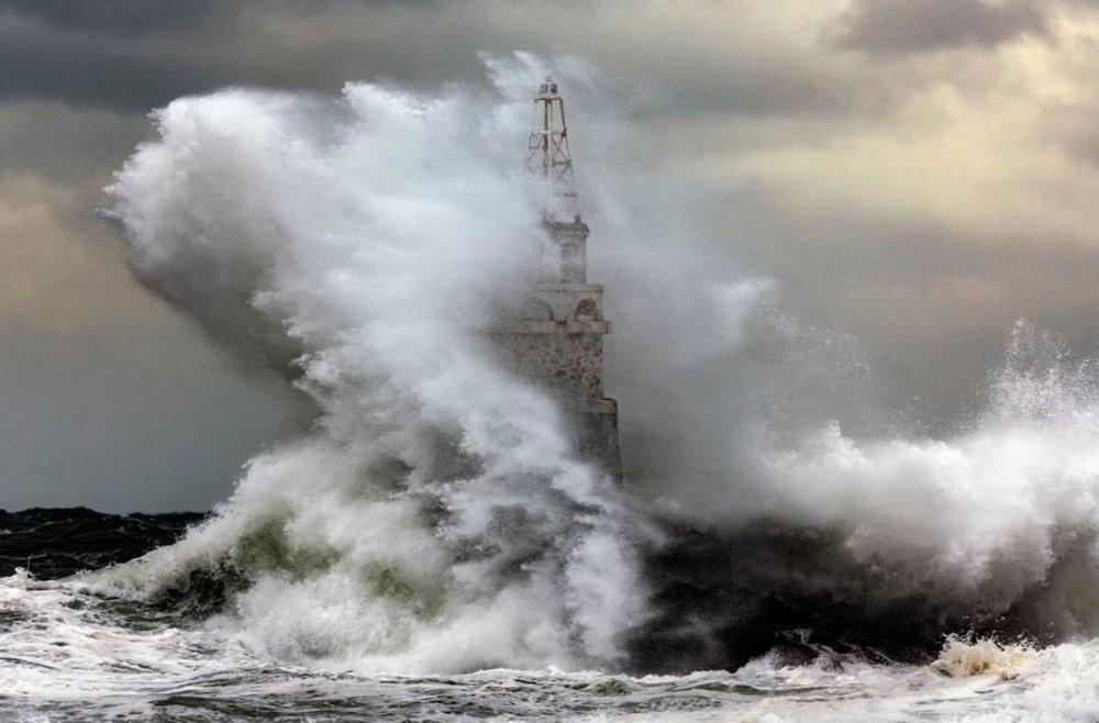 اقیانوس خشمگین در عکس روز نشنال جئوگرافیک
