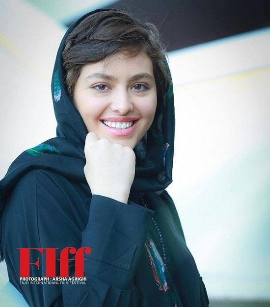 تیپِ ریحانه پارسا در جشنواره جهانی فیلم فجر +عکس