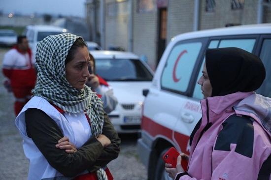 کمکرسانی هدیه تهرانی به سیلزدهها+عکس