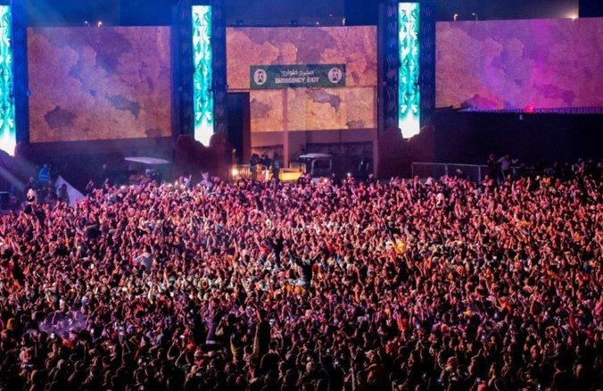 اصلاحات اجتماعی در عربستان به آزار زنان در یک جشن کشید +عکس