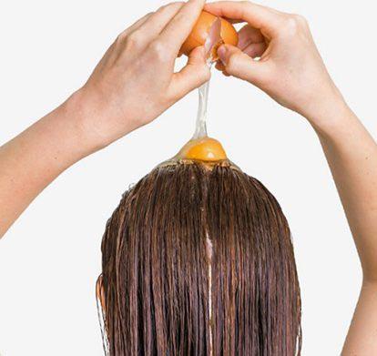 تقویت موها با زرده تخم مرغ