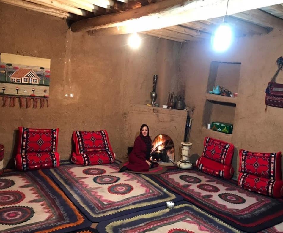 رزیتا غفاری در خانه سنتی یاسوج +عکس