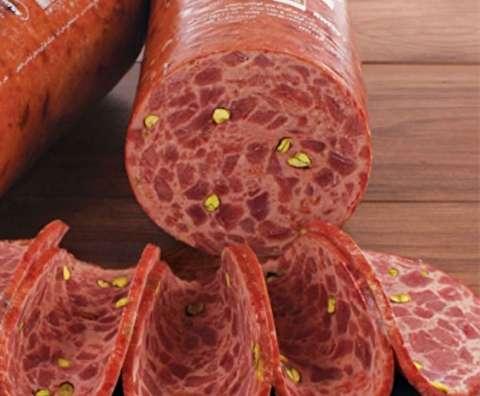 زیپ شلوار در کالباس ۹۰درصد گوشت ایرانی!