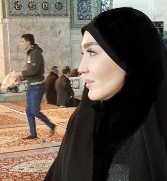 حجاب زهره فکور در حرم امام رضا (ع)+عکس
