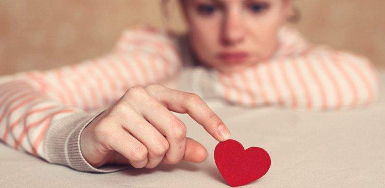 علائمی که می گوید دچار سندرم قلب شکسته شده اید