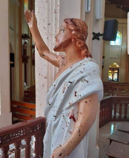 مجسمه مسیح بعد از انفجارهای مرگبار سریلانکا +عکس
