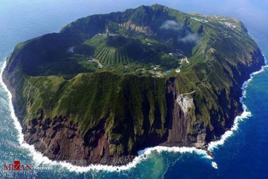 جزیرهی آتشفشانی آگوشیما در ژاپن+عکس