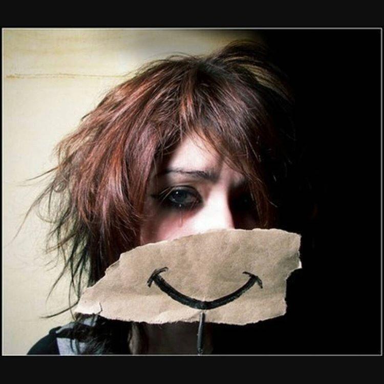 افسردگی خندان؛ شاید شما هم دچارش باشید!