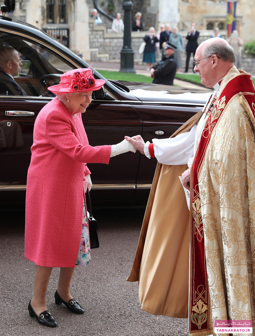 حضور الیزابت و نوه اش هری در جشن ازدواج سلطنتی