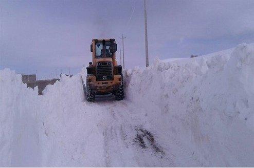 برف ۶ متری ورزقان در دومین ماه بهار ۹۸+عکس