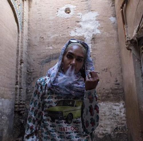 کارتن خوابها در شهر شیراز مدل شدند+عکس