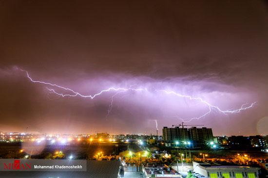 رعد و برق در آسمان تهران +عکس