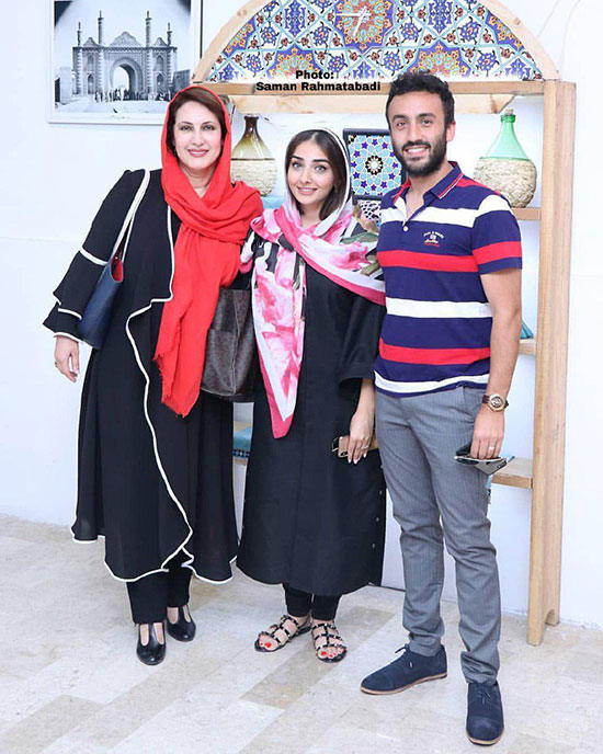 فاطمه گودرزی در کنار پسر و عروسش +عکس