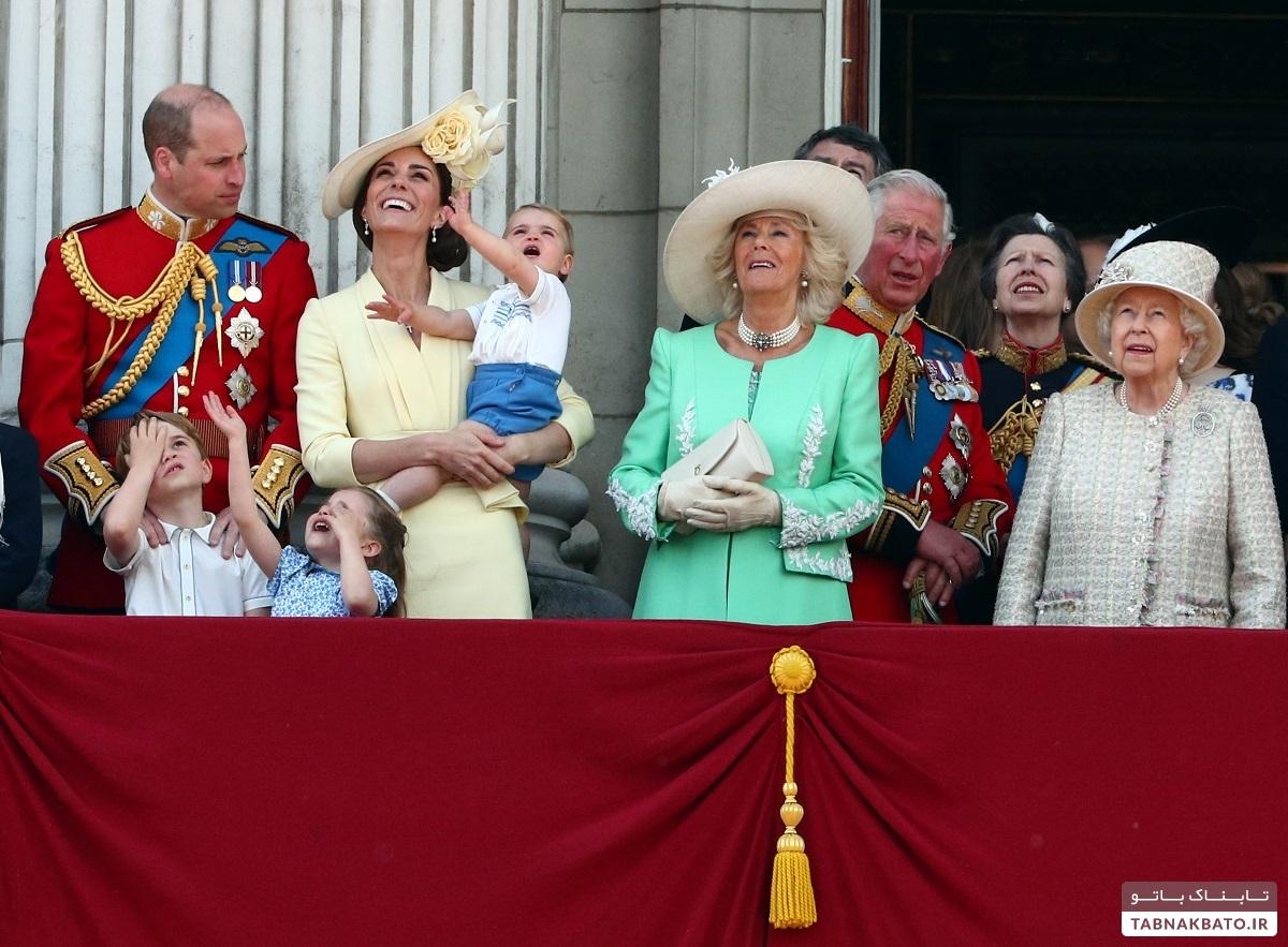۱۴۰۰ سرباز و ۳۰۰ اسب در جشن تولد ۹۳ سالگی ملکه الیزابت