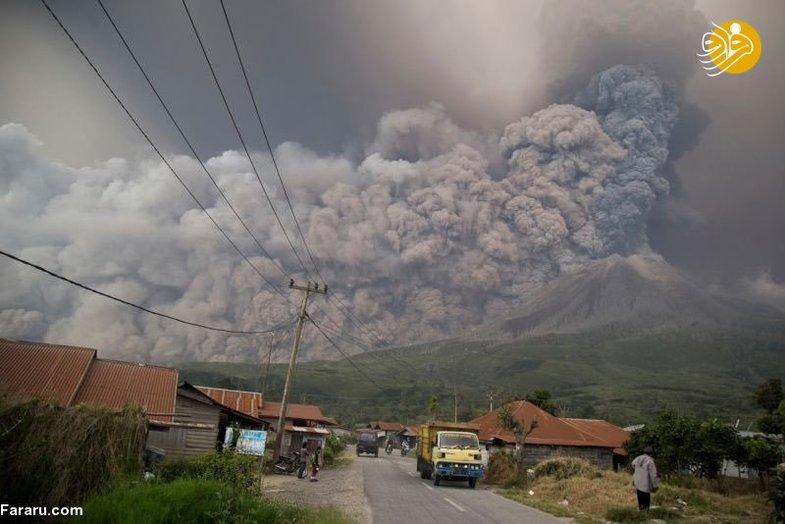 فوران آتشفشان جزیره سوماترای اندونزی +عکس
