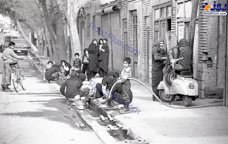 ظرفشویی زنان تهرانی در دهه ۵۰+عکس