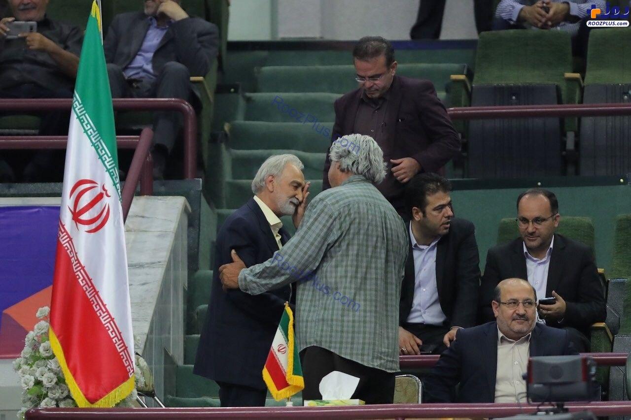 حضور بازیگر معروف در سالن والیبال ایران+عکس