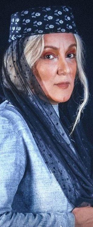 گریم پانته آ بهرام در نمایش جنایت و مکافات+عکس