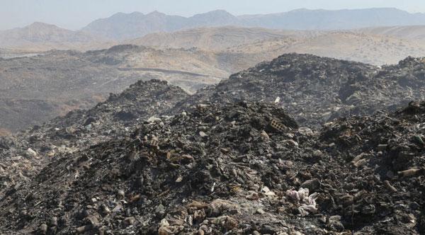 بحران ۳۰ سال دفن غیراصولی زباله در ایذه +عکس