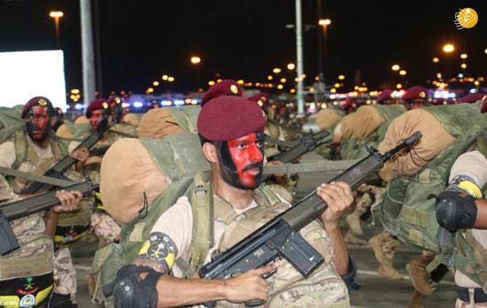 رژه نیروهای امنیتی محافظ جان زائران مکه+عکس