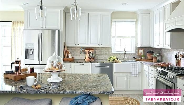 آشپزخانهای مینمال با کابینتهای سفید