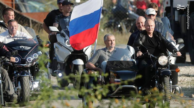 موتور سواری پوتین+عکس