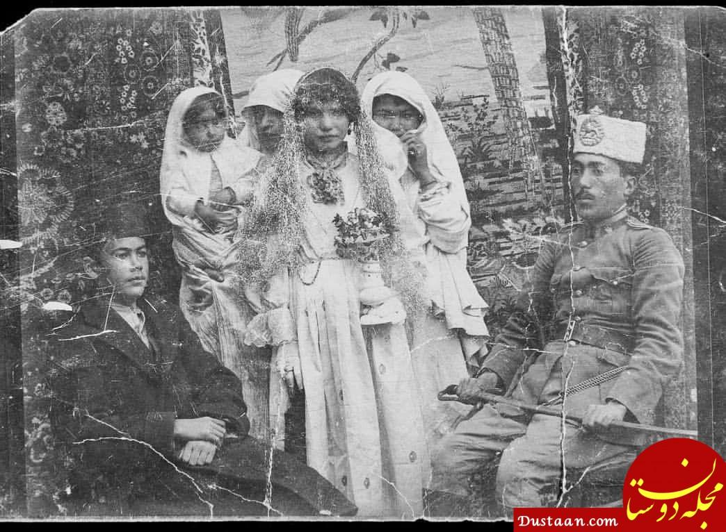 عکس دیدنی از یک عروس و داماد در اواخر قاجار