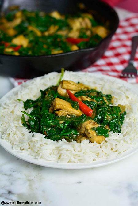 خوراک مرغ و اسفناج سرخشده؛ مغذی در عین سادگی