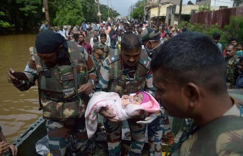 از آیینهای عیدقربان تا سیلاب گسترده در هند و میانمار