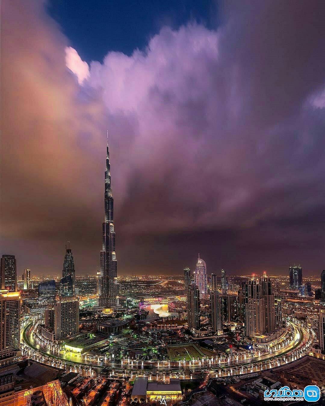 نمایی فوق العاده از ساختمان های مدرن دبی
