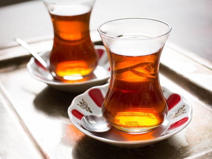 با فواید و مضرات مصرف روزانه چای آشنا شوید