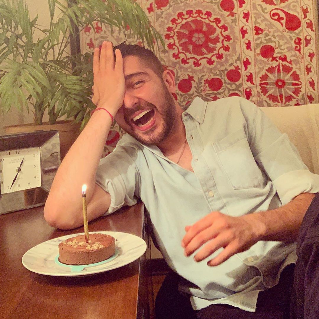 کیک تولد آقای بازیگر سوژه شد +عکس