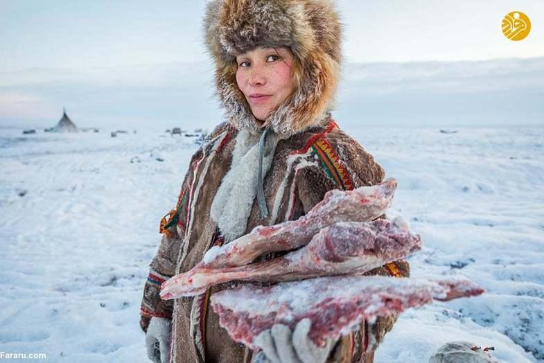 زندگی یک خانواده در سرمای منفی ۵۰ درجه +عکس